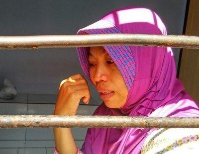 Encarcelada en Indonesia por grabar a su jefe acosándola en el trabajo: él queda absuelto