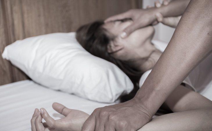 Detenido por violar dos veces a su expareja