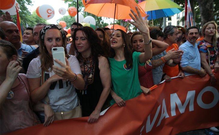 Ciudadanos abandonó el Orgullo en medio de múltiples críticas