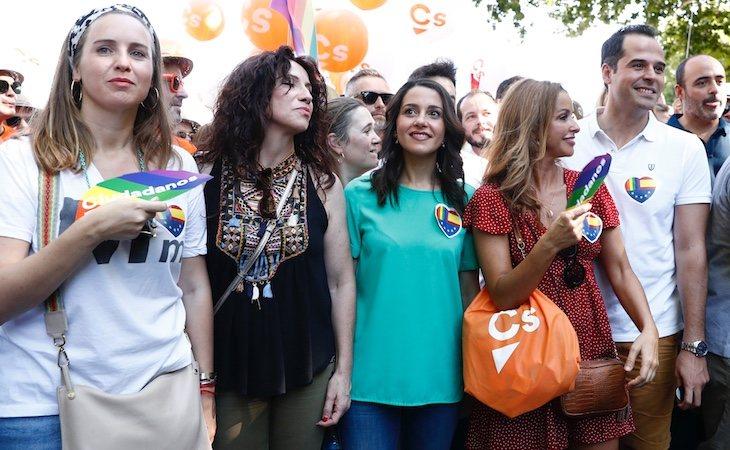 La comitiva de Ciudadanos en la manifestación del Orgullo estuvo protegida por la policía