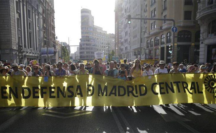 Ecologistas en Acción y Greenpeace han logrado que un juez reactive las multas en Madrid Central para frenar la polución