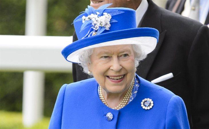 La monarca británica es una gran jugadora de la bolsa, con acciones que alcanzan el valor de 154 millones de euros