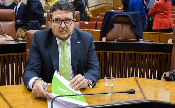 Francisco Serrano es el presidente del grupo parlamentario VOX en Andalucía