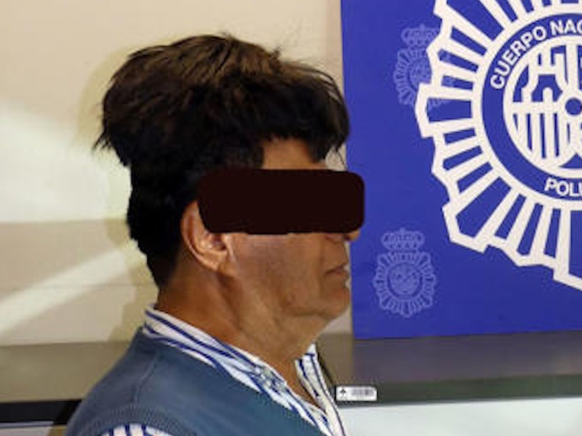 Detienen a un hombre en Barcelona por llevar medio kilo de cocaína oculto bajo el peluquín