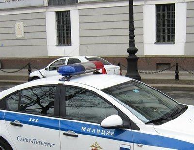 Una pareja cae de un noveno piso mientras tenían sexo: ella muere y él volvió a la fiesta