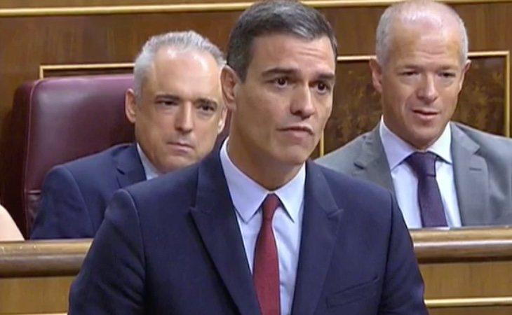 Pedro Sánchez evidencia a quién considera como líder de la oposición: pide exclusivamente a Casado un pacto para modificar el artículo 99