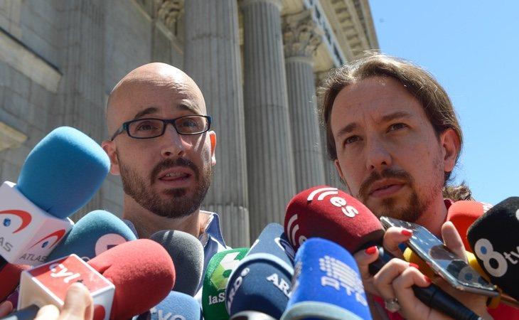 Nacho Álvarez (izq) suena para manejar algunas competencias en materia impositiva y laboral