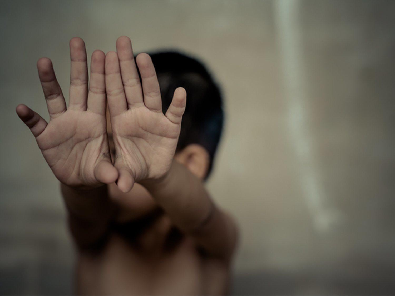 Detienen a un sacerdote de los Salesianos de Vigo por abusar de menores en un campamento