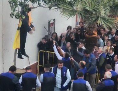 La Fiscalía no ve delito en la quema del muñeco de Puigdemont y archiva la denuncia