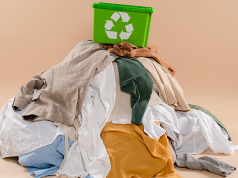 """Microplásticos y tejidos contaminantes: El lado oscuro de la ropa """"vegana"""""""