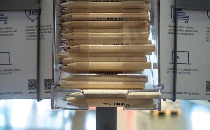 Ikea retira los lápices gratuitos de sus establecimientos