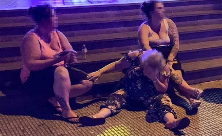 Británicos borrachos en Benidorm