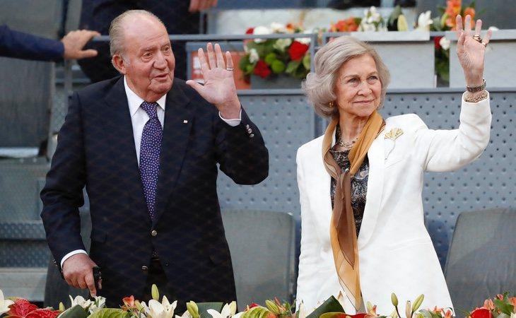Don Juan Carlos y Doña Sofía asistieron juntos a un partido de Rafa Nadal y el griego Tsitsipas en mayo