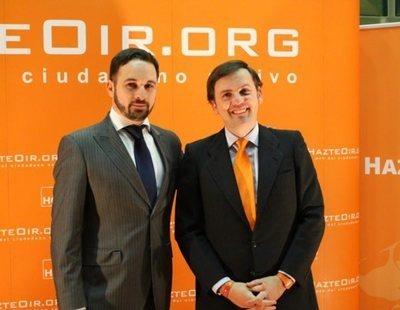 HazteOir 'rompe' con VOX por no exigir la derogación de las leyes LGBTI en Murcia y Madrid