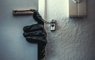 Así descubren un ladrón o un okupa si pueden robar o acceder a tu casa