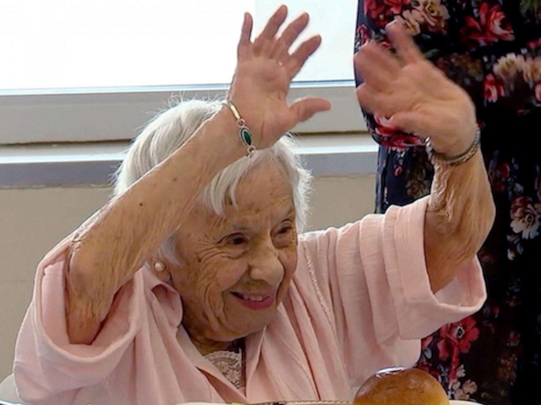 La mujer que cumple 107 años, revela su secreto: ser soltera