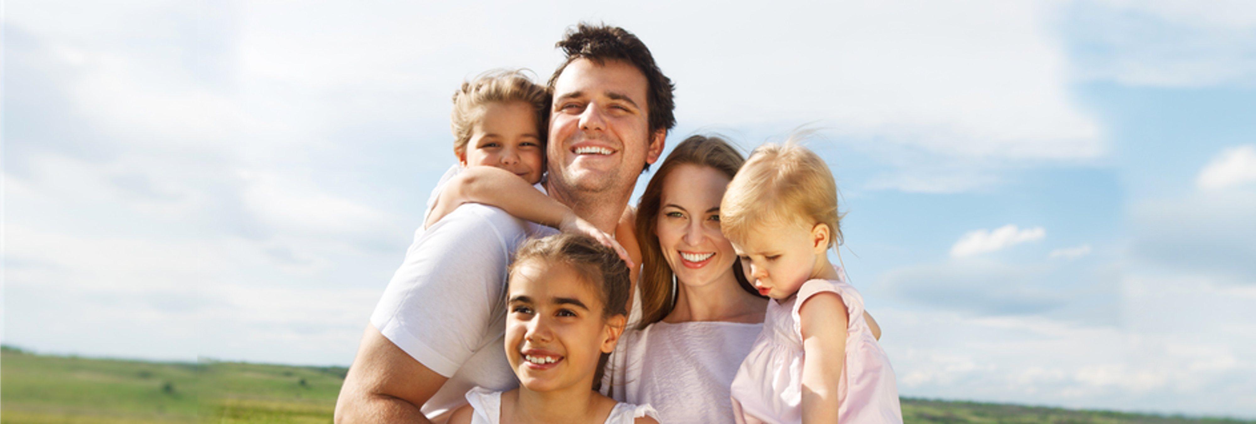 Así puedes ahorrar 5.000 euros al año con el carnet de familia numerosa