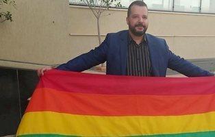 Así es Mounir Baatur, el primer candidato gay a presidir Túnez