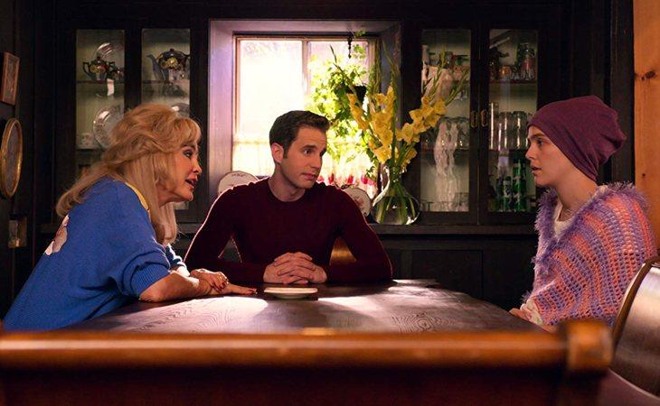 Jessica Lange, Ben Platt y Zoey Deutch en 'The Politician'