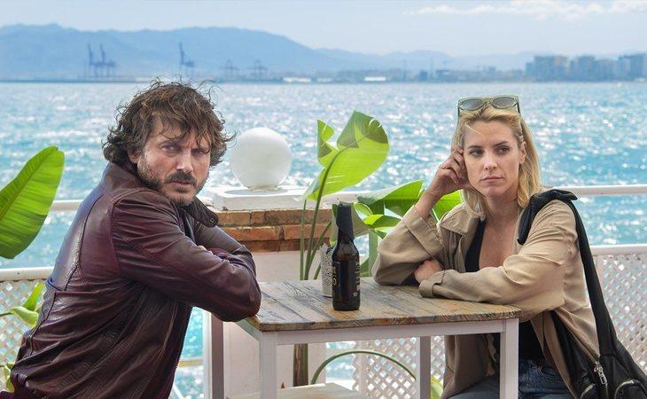 Salva Reina y Maggie Civantos en 'Malaka'