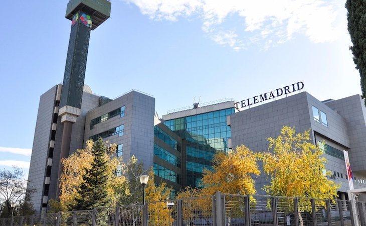 Pese a que pone en duda el cierre de Telemadrid, Ayuso advierte que el ente está amparado por una ley de la Asamblea