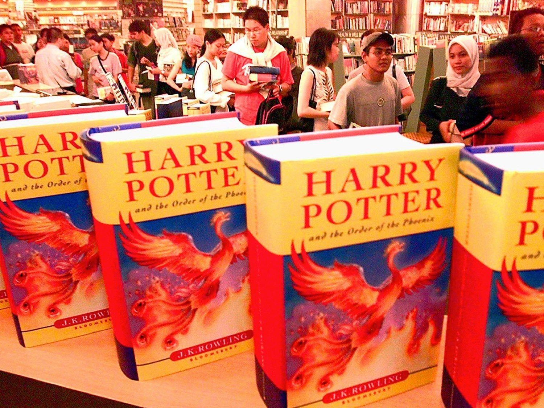 """Un colegio católico retira los libros de 'Harry Potter' por riesgo de """"conjurar espíritus"""""""