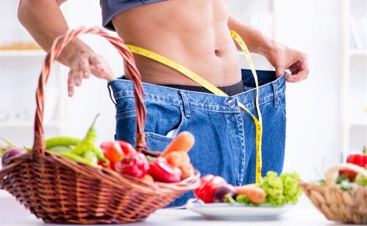 No debemos eliminar ningún eslabón de la pirámide nutricional si queremos hacer que nuestra dieta sea permanentemente efectiva y saludable