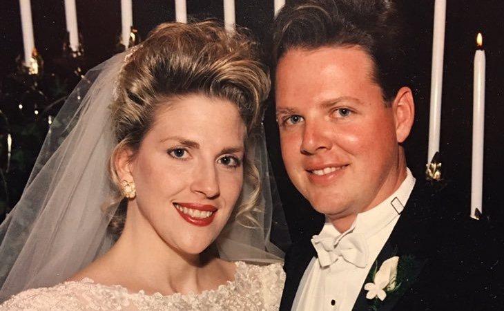 McKrae Game y su mujer durante su boda, en una publicación compartida en Twitter