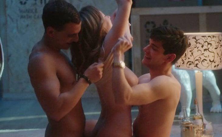Carla, Polo y Christian protagonizan un trío en 'Élite'