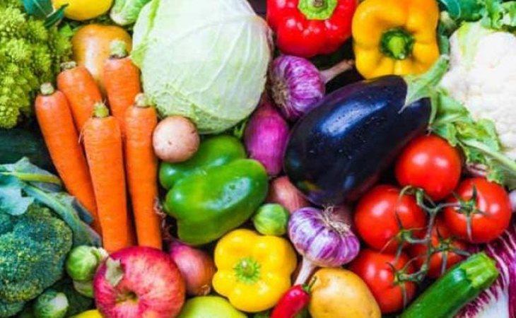 Frutas, verduras y legumbres contienen prebióticos que ayudan a la flora intestinal