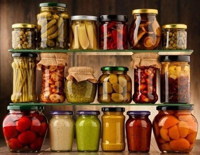 Probióticos y prebióticos: qué son, beneficios y cómo incluirlos en la dieta