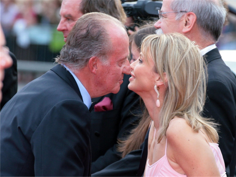 Don Juan Carlos, en jaque: Anticorrupcion interrogará a Corinna por sus turbios negocios