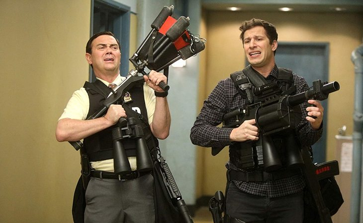 Charles y Jake en 'Brooklyn Nine-Nine'