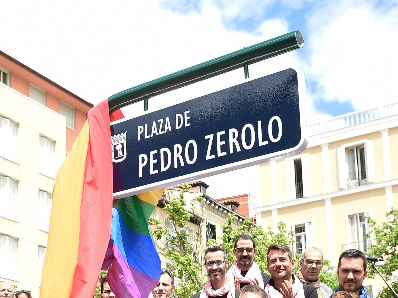 La nueva ocurrencia de VOX: quitar el nombre de Pedro Zerolo a la plaza de Chueca