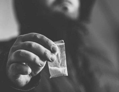 Mefedrona: así es la droga que se ha convertido en la reina de la fiesta madrileña