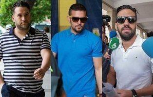 Multan con 270 euros a los tres miembros de 'La Manada' por el robo de gafas