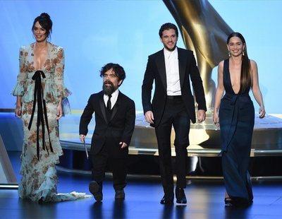'Juego de Tronos' arrasa en los Premios Emmy y en Twitter: los mejores memes de la gala