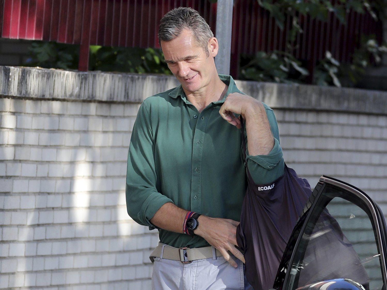 Reloj de 700 euros y bolsa de 90: los lujos de Urdangarin en sus salidas de la cárcel