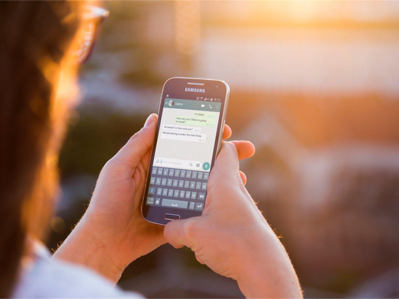 Así puedes saber qué contacto de WhatsApp está en línea y cuántas veces al día lo usa