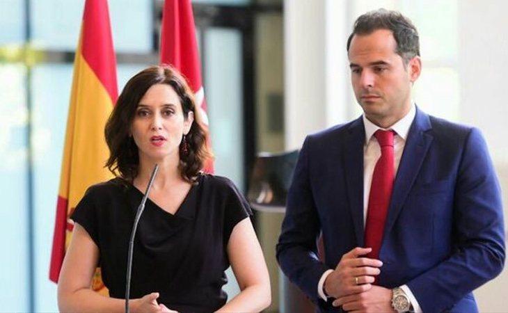 El PP agitará el espejo de los pactos firmados en sus autonomías como un modelo extrapolable al resto de España