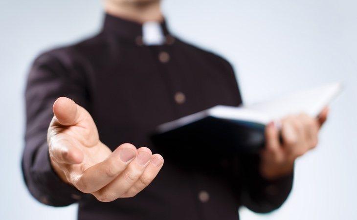 Los testigos de Jehová tienen completamente prohibido recibir donaciones de sangre