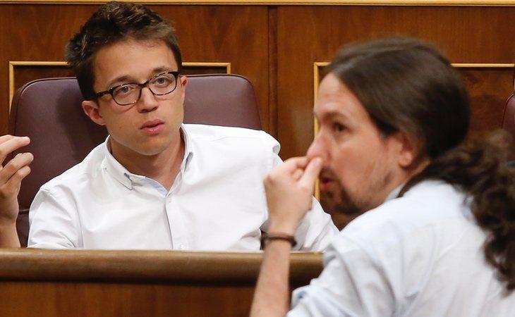 Íñigo Errejón y Pablo Iglesias en el Congreso de los Diputados