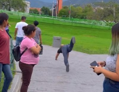 La realidad detrás del viral vídeo del hombre corriendo a cuatro patas como un perro