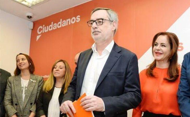 El fichaje de Silvia Clemente (dcha), procedente del PP, estuvo plagado de irregularidades