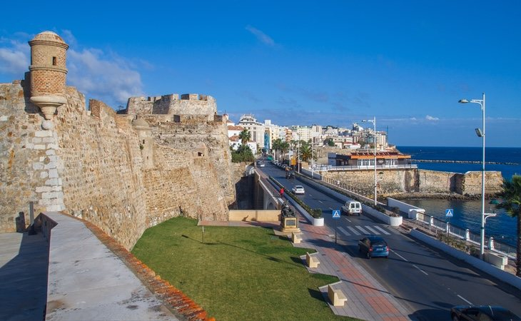 Los condenados intentaron introducir droga en España a través de Ceuta