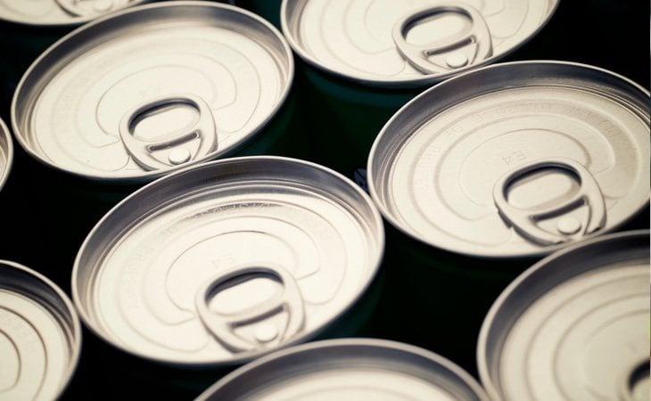 Las latas en las que se introduce la comida tienen una serie de sustancias que pueden provocar diversas enfermedades