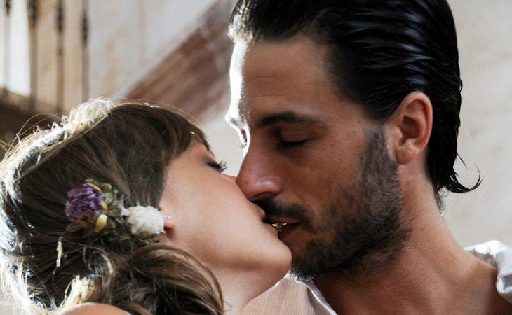 Sara y Lucas en su boda en 'Los hombres de Paco'