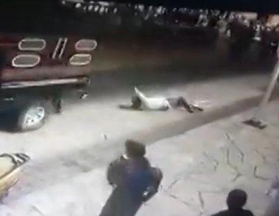 Atan a una camioneta y arrastran a un alcalde en México por no cumplir sus promesas electorales