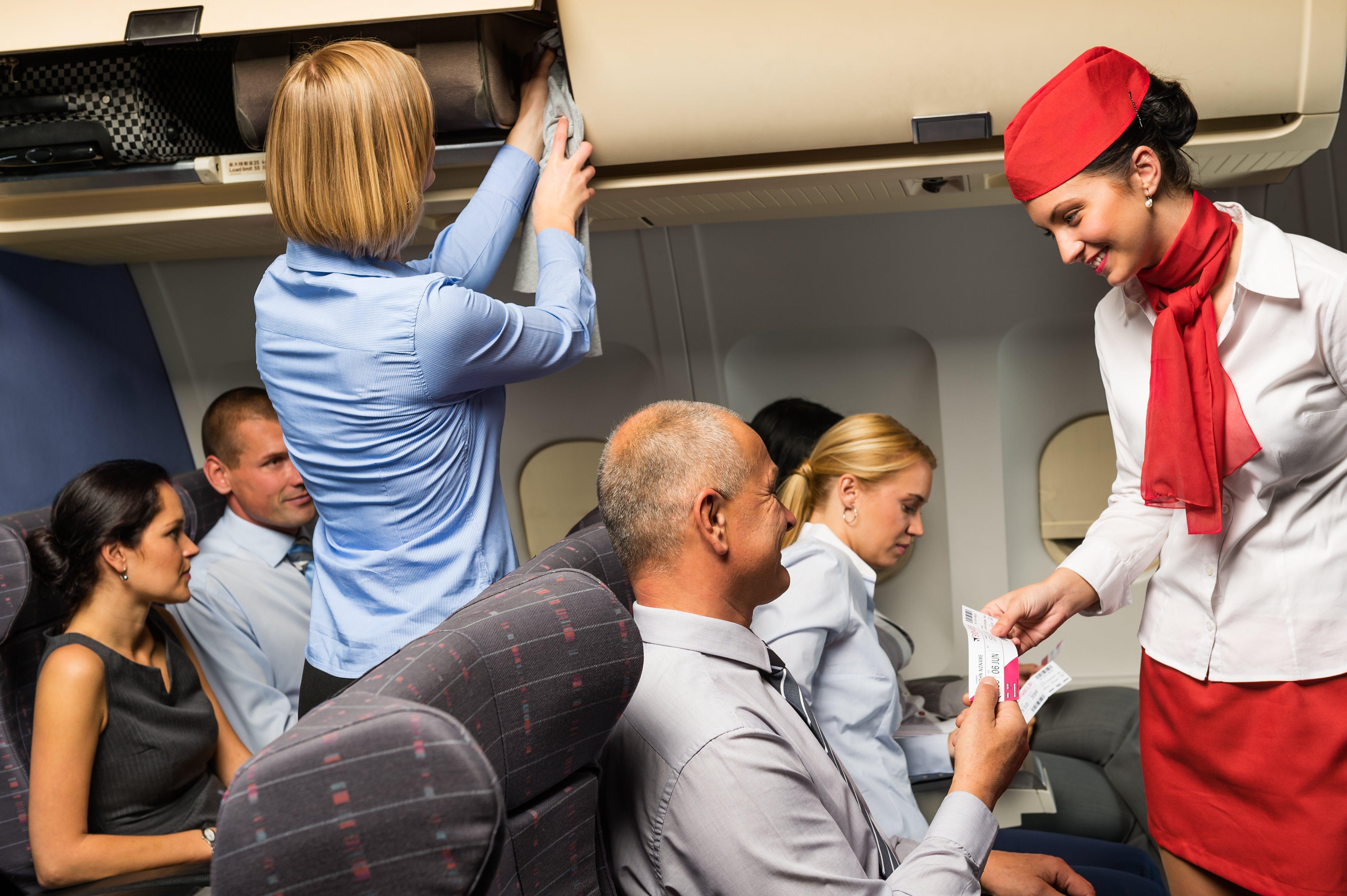 Interior de un avión
