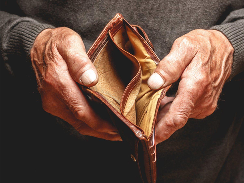 Un anciano se suicida después de que su falsa nieta le haya estafado más de 85.000 euros